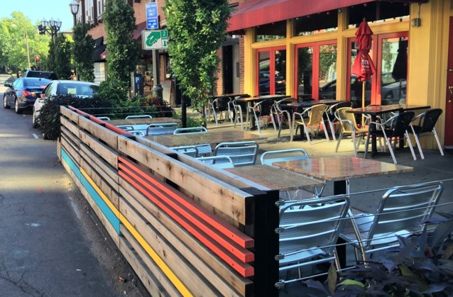 Outdoor Seating_Parking Space